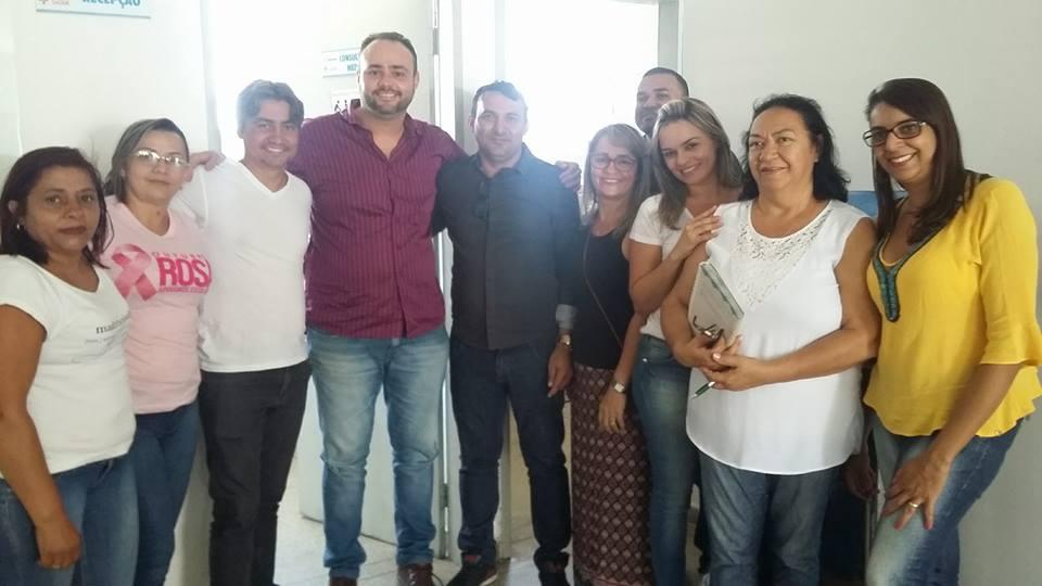 Prefeito Interino visita Unidades de Saúde no município.
