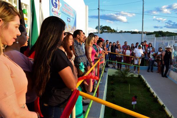 Prefeito inalgura pré-escola Gente Inocente, no bairro Guadalupe