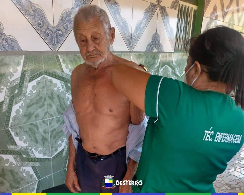 O município contínua promovendo a vacinação de seus queridos idosos